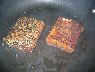 Searing tuna in heavy bottomed pan with oil