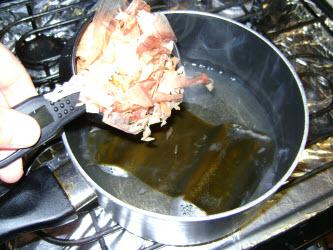 Getting ready to add katsuobushi to boiling water
