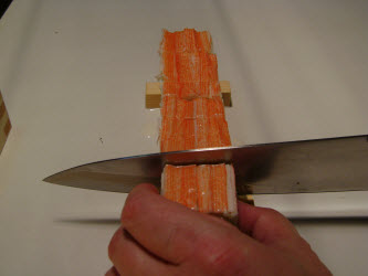 Finish slicing the oshi sushi