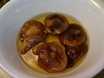 Soaked shitake mushrooms...