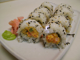 Uramaki Spicy tuna roll