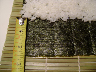 Showing 2 and 1/2 inches nori visible for chumaki roll