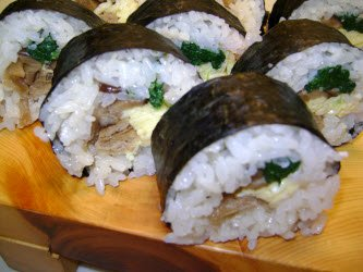 Finished vegetable futomaki