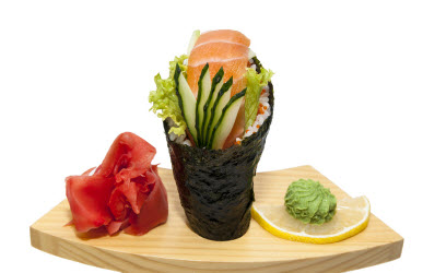 Temaki Salmon Roll