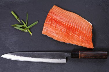 Sashimi knife and salmon
